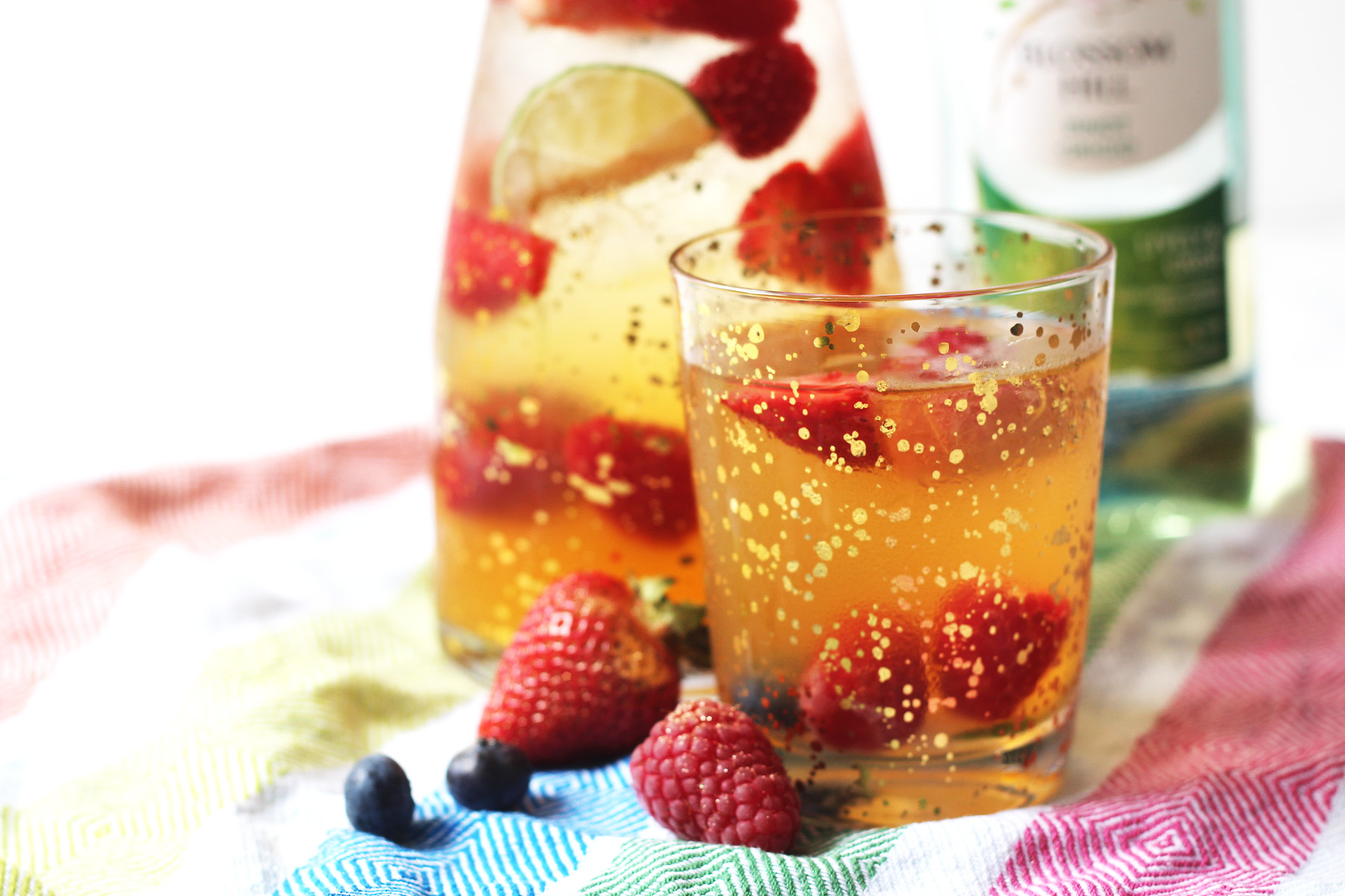 White Wine Sangria (Sangria Blanca) - Supper in the Suburbs